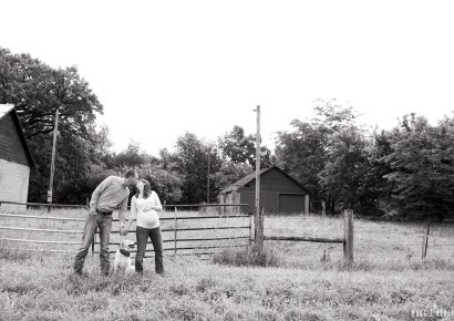 Country Maternity Photos with Adam & Sheena